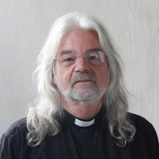 Read more about the article Paphos: the Reverend Ken Waters